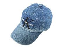 画像1: CALVIN KLEIN JEANS X UO CK LOGO WASH DENIM BASEBALL CAP (1)